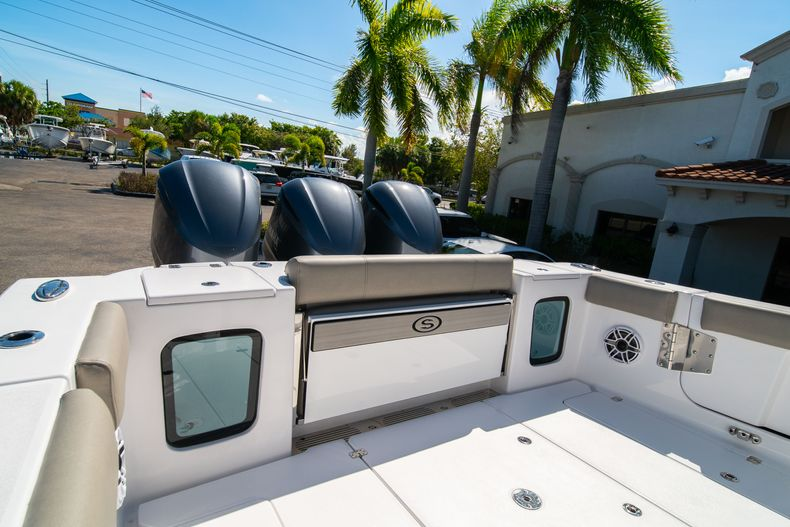 Thumbnail 11 for New 2021 Sportsman Open 352 Center Console boat for sale in West Palm Beach, FL