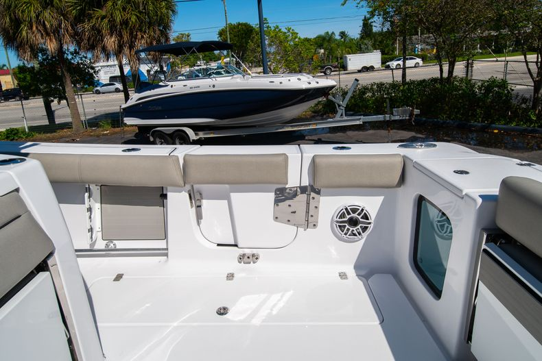 Thumbnail 19 for New 2021 Sportsman Open 352 Center Console boat for sale in West Palm Beach, FL
