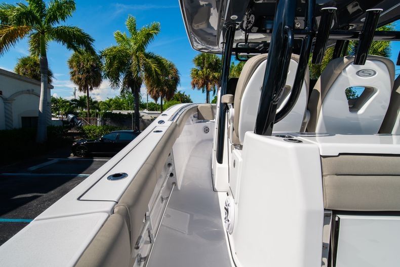 Thumbnail 32 for New 2021 Sportsman Open 352 Center Console boat for sale in West Palm Beach, FL