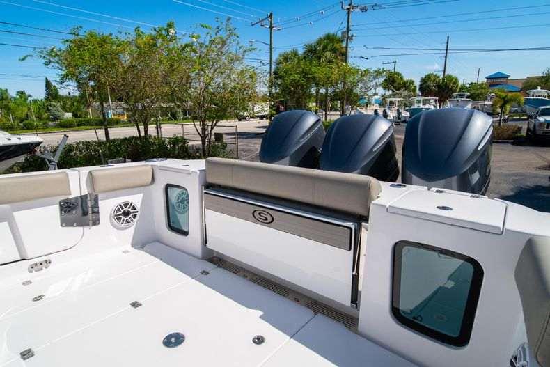 Thumbnail 13 for New 2021 Sportsman Open 352 Center Console boat for sale in West Palm Beach, FL