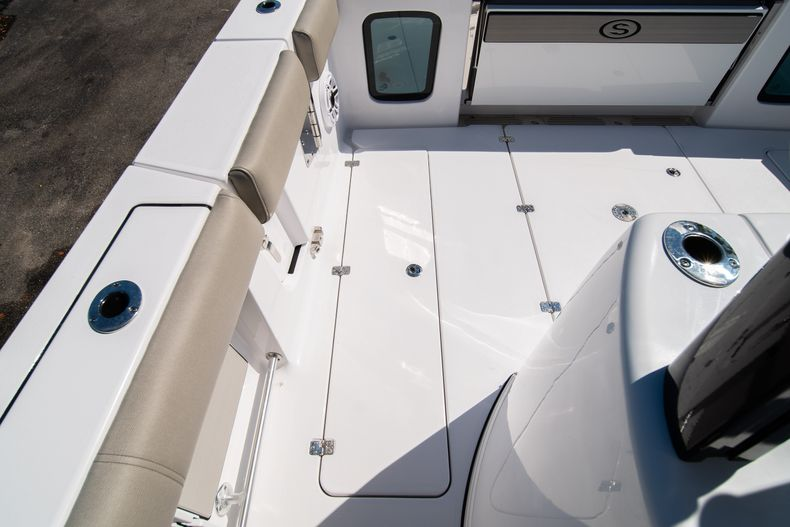 Thumbnail 21 for New 2021 Sportsman Open 352 Center Console boat for sale in West Palm Beach, FL