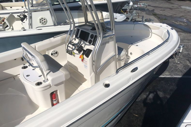 Thumbnail 10 for Used 2014 Robalo R222 Center Console boat for sale in West Palm Beach, FL