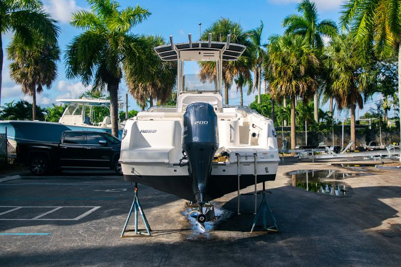 Thumbnail 6 for Used 2014 Robalo R222 Center Console boat for sale in West Palm Beach, FL