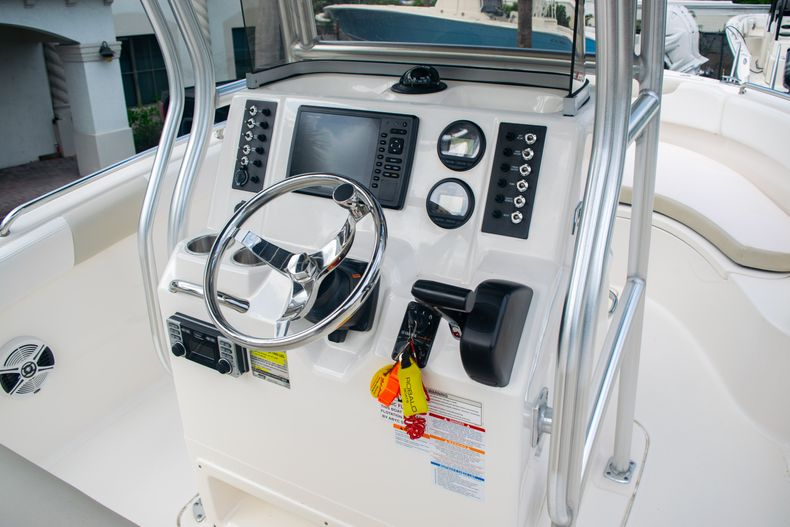 Thumbnail 21 for Used 2014 Robalo R222 Center Console boat for sale in West Palm Beach, FL