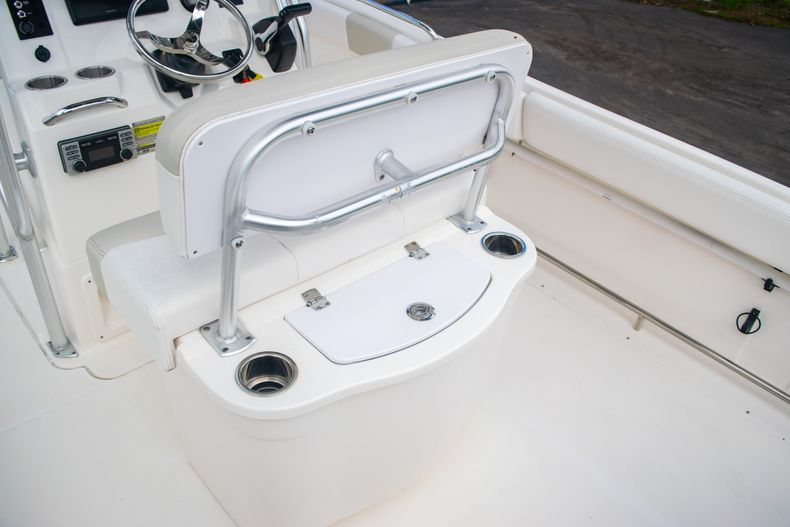 Thumbnail 18 for Used 2014 Robalo R222 Center Console boat for sale in West Palm Beach, FL