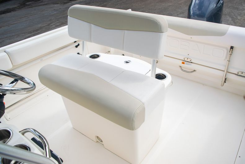 Thumbnail 31 for Used 2014 Robalo R222 Center Console boat for sale in West Palm Beach, FL