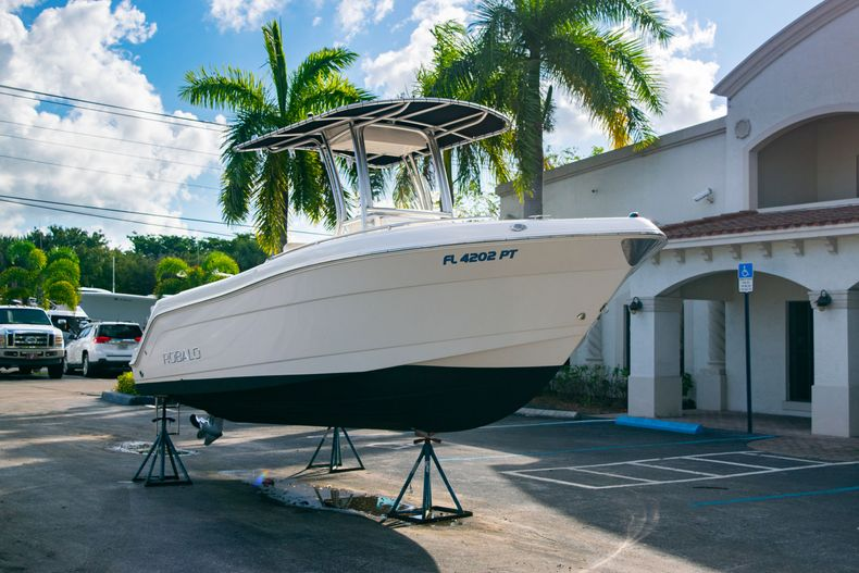 Thumbnail 1 for Used 2014 Robalo R222 Center Console boat for sale in West Palm Beach, FL