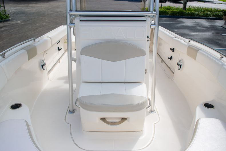 Thumbnail 42 for Used 2014 Robalo R222 Center Console boat for sale in West Palm Beach, FL