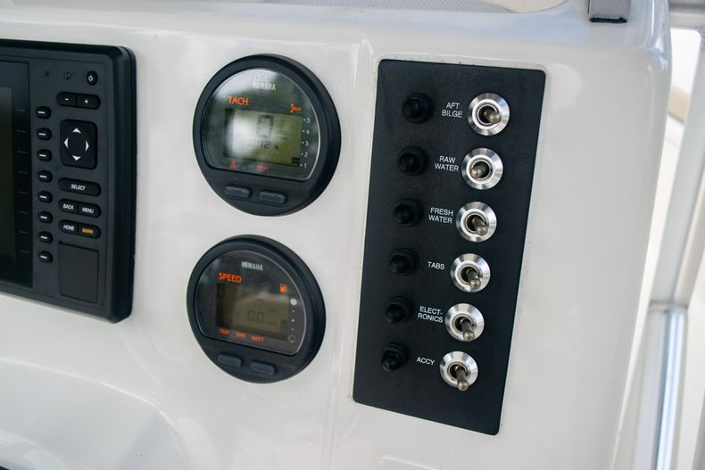 Thumbnail 27 for Used 2014 Robalo R222 Center Console boat for sale in West Palm Beach, FL