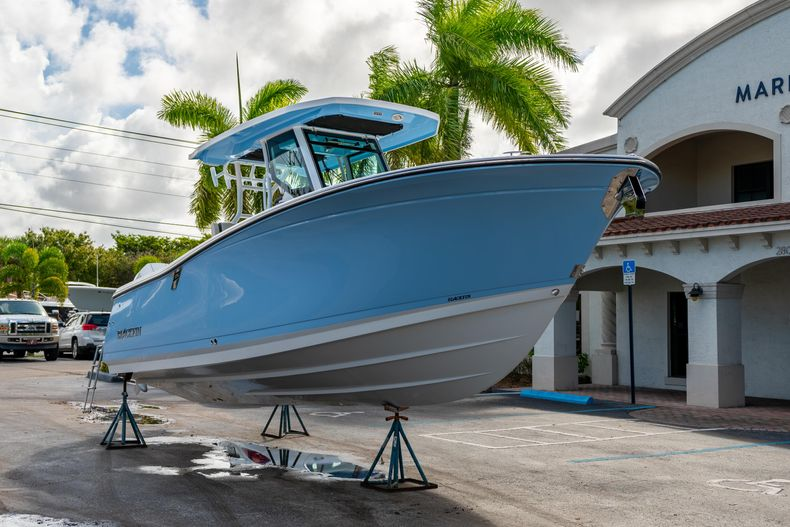 Thumbnail 1 for New 2021 Blackfin 272CC boat for sale in West Palm Beach, FL