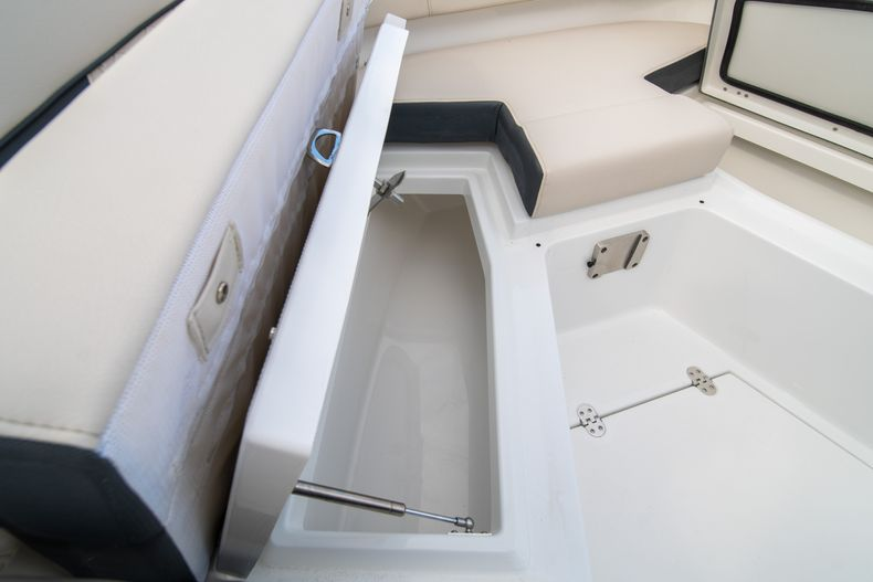 Thumbnail 56 for New 2021 Blackfin 272CC boat for sale in West Palm Beach, FL
