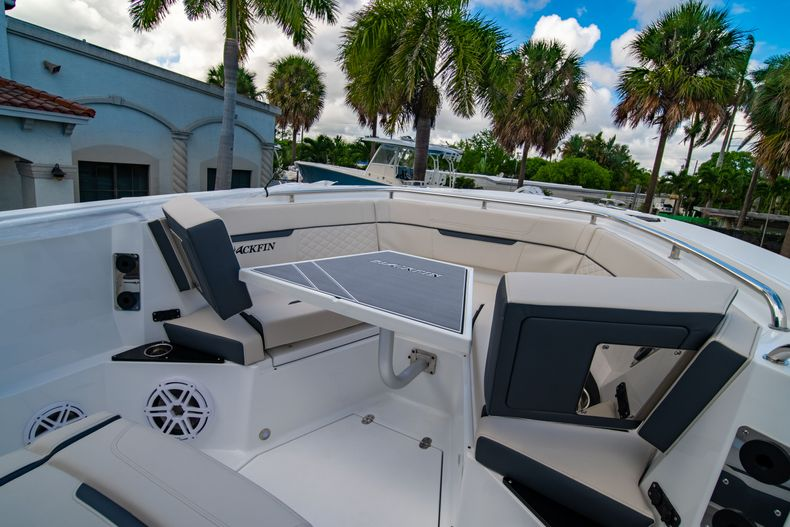 Thumbnail 48 for New 2021 Blackfin 272CC boat for sale in West Palm Beach, FL