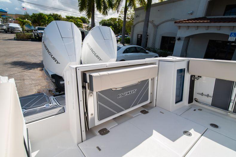 Image 11 for 2021 Blackfin 272CC in West Palm Beach, FL