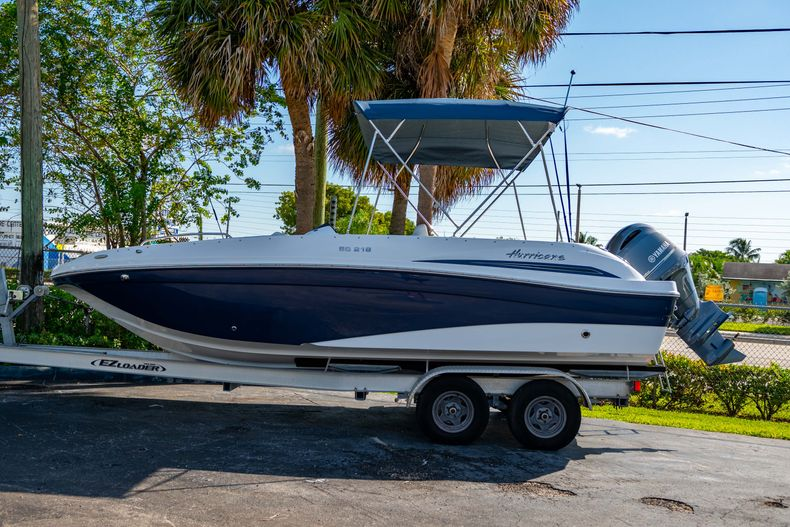 Photo for 2021 Hurricane SunDeck Sport SS 218 OB