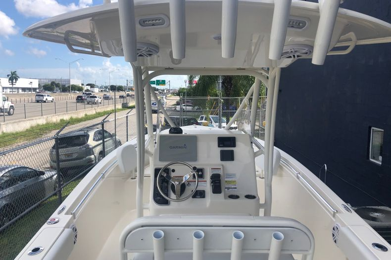 Thumbnail 2 for New 2021 Cobia 237 CC boat for sale in Fort Lauderdale, FL