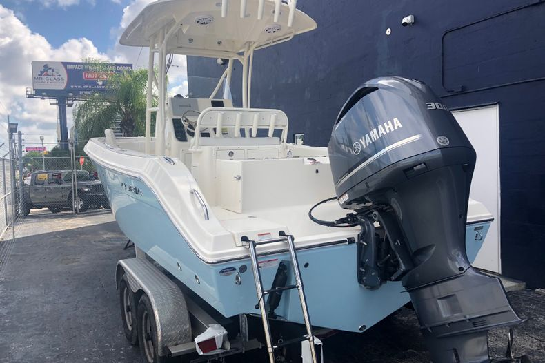 Thumbnail 1 for New 2021 Cobia 237 CC boat for sale in Fort Lauderdale, FL