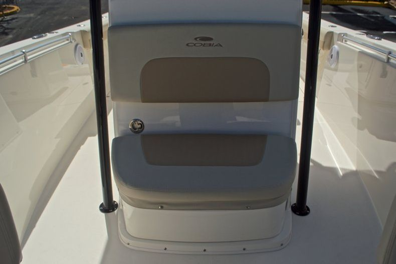 Thumbnail 44 for New 2017 Cobia 277 Center Console boat for sale in West Palm Beach, FL