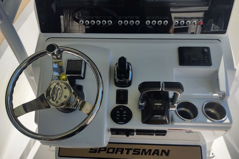 Image 9 for 2019 Sportsman Open 252 Center Console in Islamorada, FL