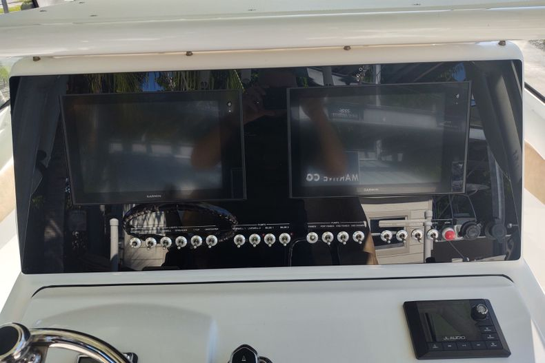 Image 8 for 2019 Sportsman Open 252 Center Console in Islamorada, FL