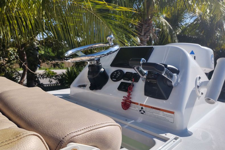 Image 14 for 2019 Sportsman Open 252 Center Console in Islamorada, FL