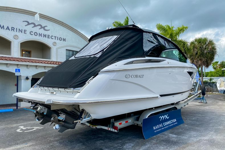 Thumbnail 11 for New 2021 Cobalt A36 boat for sale in West Palm Beach, FL