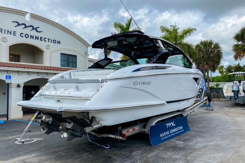 Thumbnail 10 for New 2021 Cobalt A36 boat for sale in West Palm Beach, FL