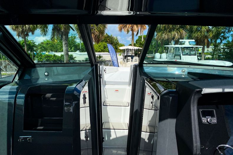 Thumbnail 63 for New 2021 Cobalt A36 boat for sale in West Palm Beach, FL