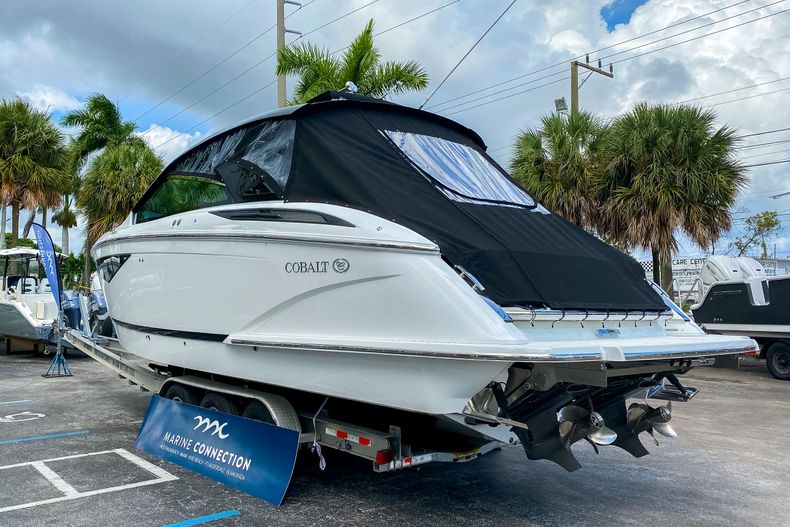Thumbnail 7 for New 2021 Cobalt A36 boat for sale in West Palm Beach, FL