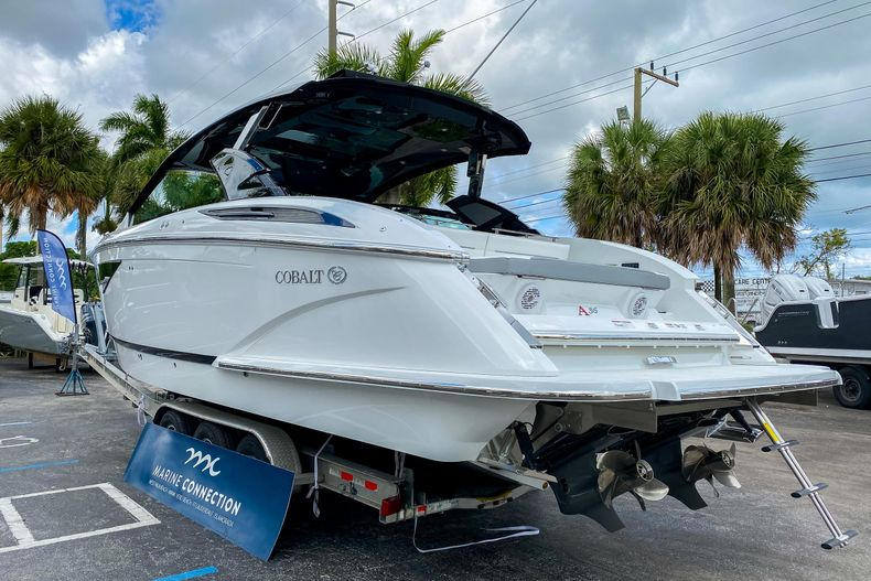 Thumbnail 6 for New 2021 Cobalt A36 boat for sale in West Palm Beach, FL