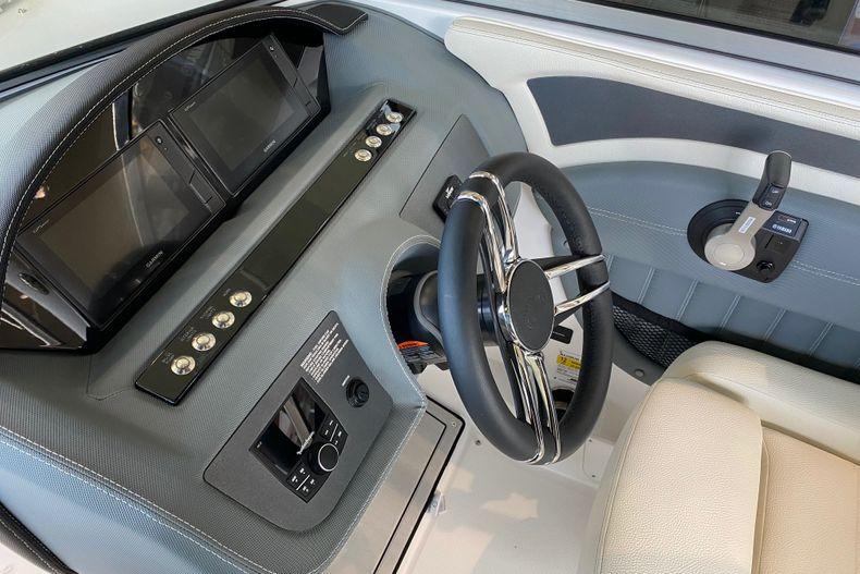 Thumbnail 8 for New 2021 Cobalt 23SC boat for sale in Stuart, FL