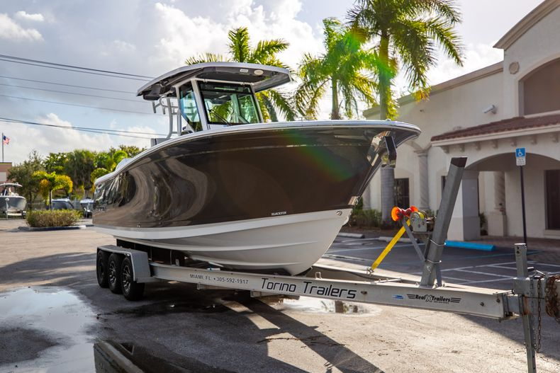 Thumbnail 1 for New 2021 Blackfin 272CC boat for sale in Vero Beach, FL