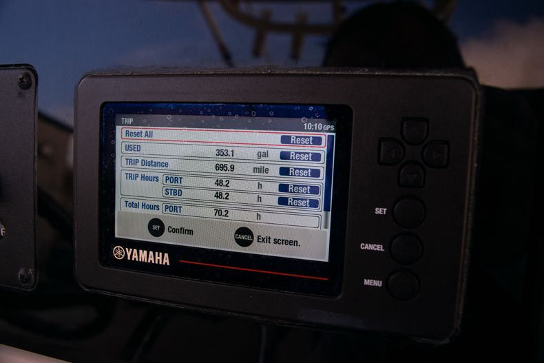 Thumbnail 37 for Used 2021 Cobia 262 CC boat for sale in Fort Lauderdale, FL