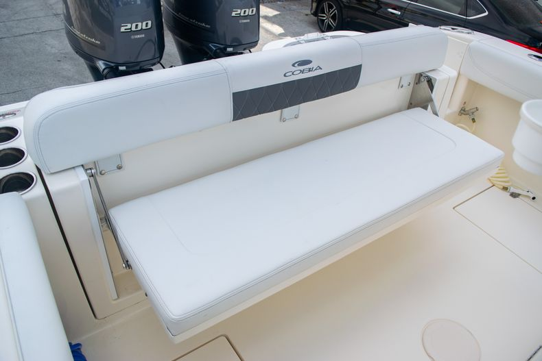 Thumbnail 8 for Used 2021 Cobia 262 CC boat for sale in Fort Lauderdale, FL