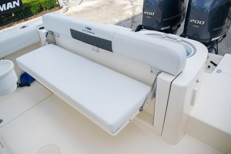 Thumbnail 11 for Used 2021 Cobia 262 CC boat for sale in Fort Lauderdale, FL