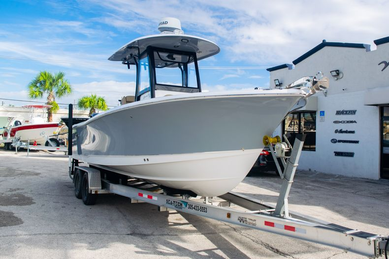 Thumbnail 1 for Used 2017 Sea Hunt Gamefish 25 Center Console boat for sale in Fort Lauderdale, FL