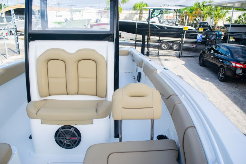 Thumbnail 46 for Used 2017 Sea Hunt Gamefish 25 Center Console boat for sale in Fort Lauderdale, FL