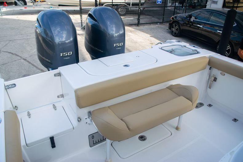 Thumbnail 10 for Used 2017 Sea Hunt Gamefish 25 Center Console boat for sale in Fort Lauderdale, FL