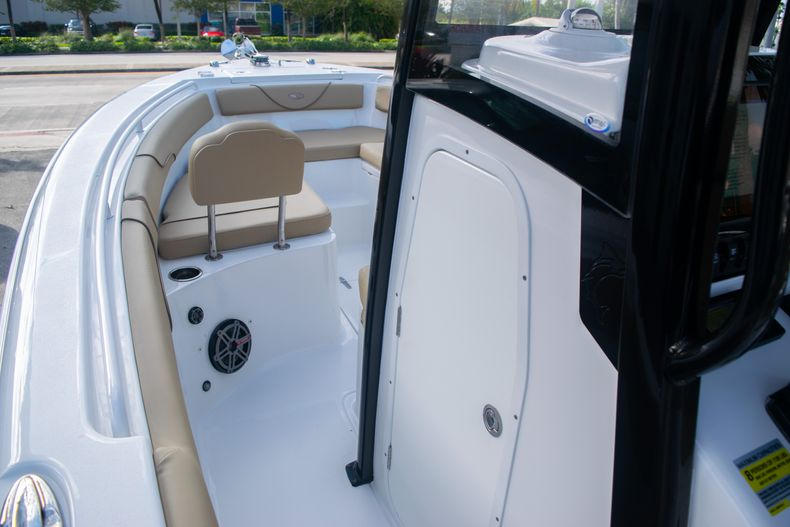 Thumbnail 34 for Used 2017 Sea Hunt Gamefish 25 Center Console boat for sale in Fort Lauderdale, FL