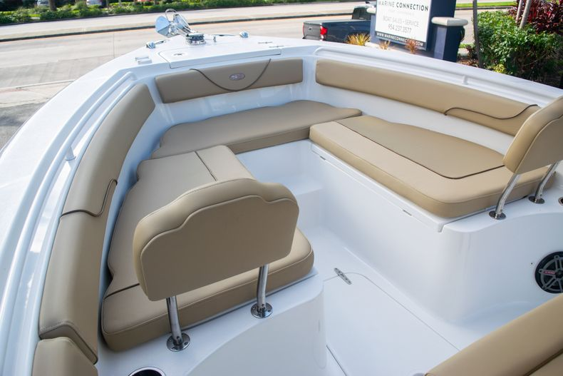 Thumbnail 36 for Used 2017 Sea Hunt Gamefish 25 Center Console boat for sale in Fort Lauderdale, FL