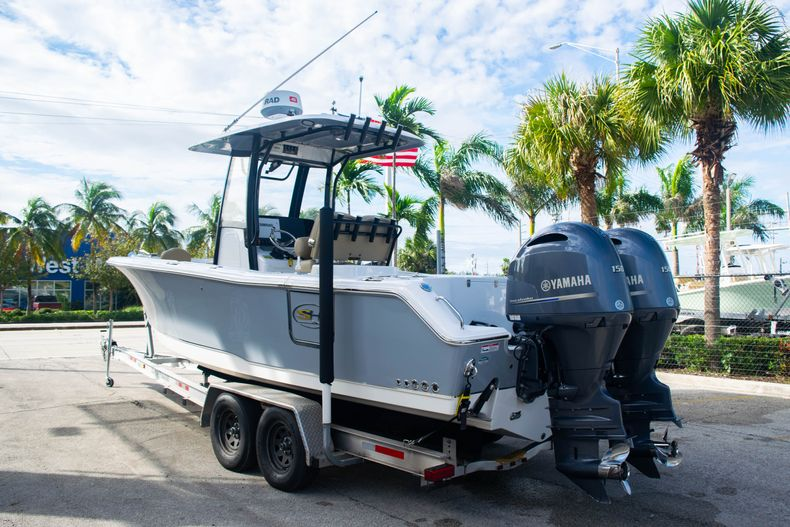 Thumbnail 5 for Used 2017 Sea Hunt Gamefish 25 Center Console boat for sale in Fort Lauderdale, FL