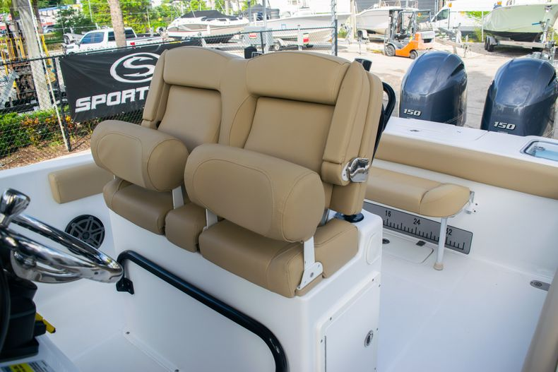 Thumbnail 21 for Used 2017 Sea Hunt Gamefish 25 Center Console boat for sale in Fort Lauderdale, FL