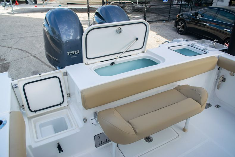 Thumbnail 11 for Used 2017 Sea Hunt Gamefish 25 Center Console boat for sale in Fort Lauderdale, FL