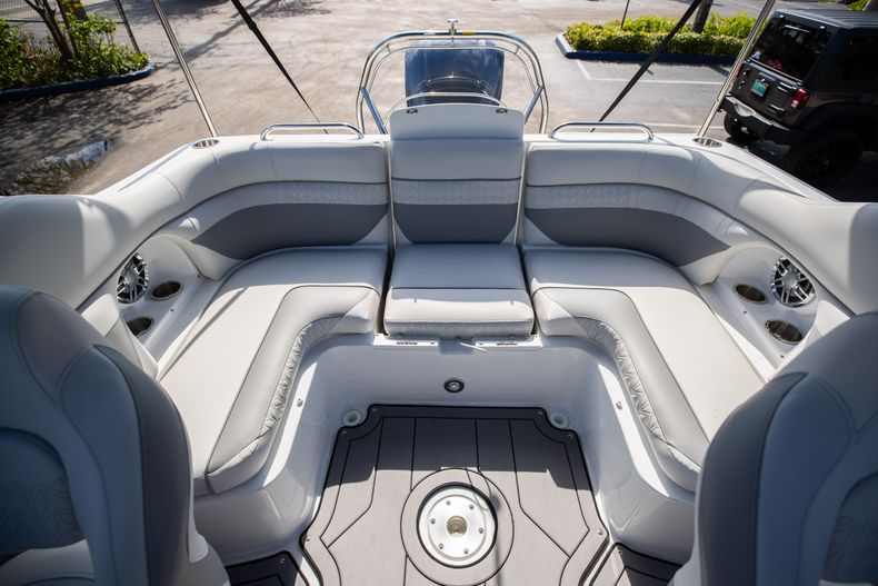 Thumbnail 10 for New 2021 Hurricane SunDeck SD 2486 OB boat for sale in Vero Beach, FL