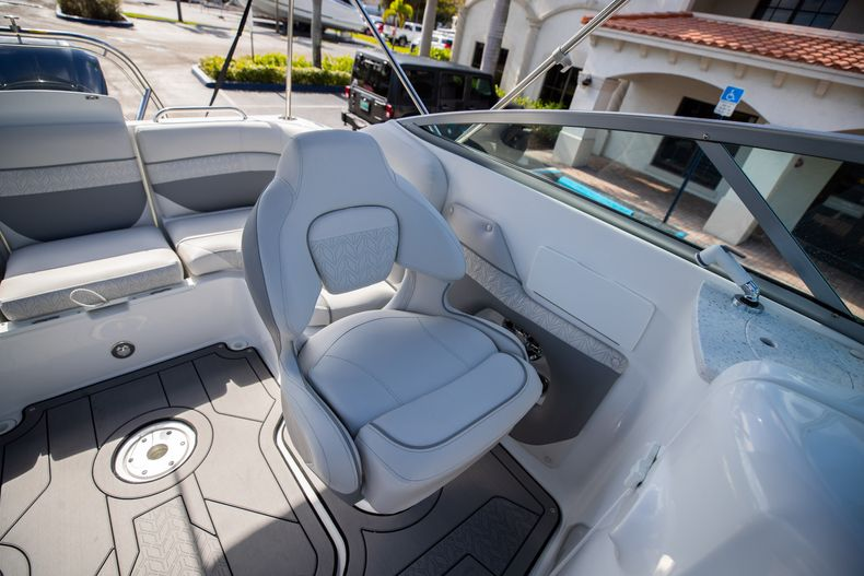 Thumbnail 23 for New 2021 Hurricane SunDeck SD 2486 OB boat for sale in Vero Beach, FL