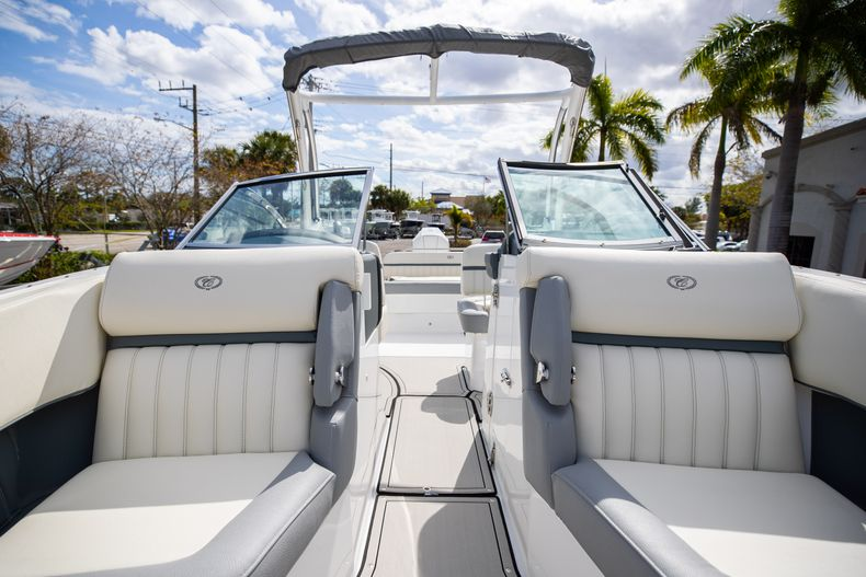 Thumbnail 56 for Used 2021 Cobalt 25SC boat for sale in West Palm Beach, FL