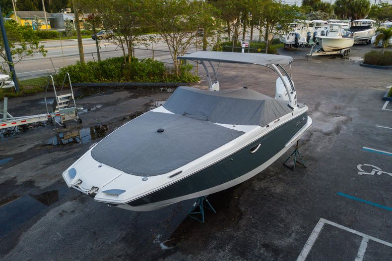 Thumbnail 9 for Used 2021 Cobalt 25SC boat for sale in West Palm Beach, FL