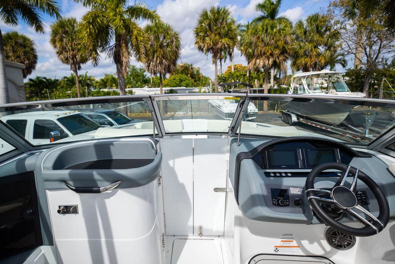 Thumbnail 50 for Used 2021 Cobalt 25SC boat for sale in West Palm Beach, FL