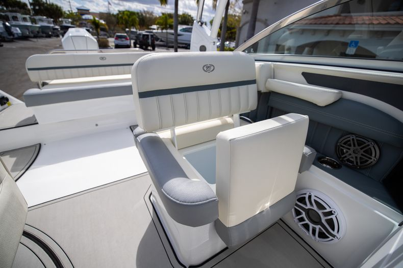 Thumbnail 47 for Used 2021 Cobalt 25SC boat for sale in West Palm Beach, FL