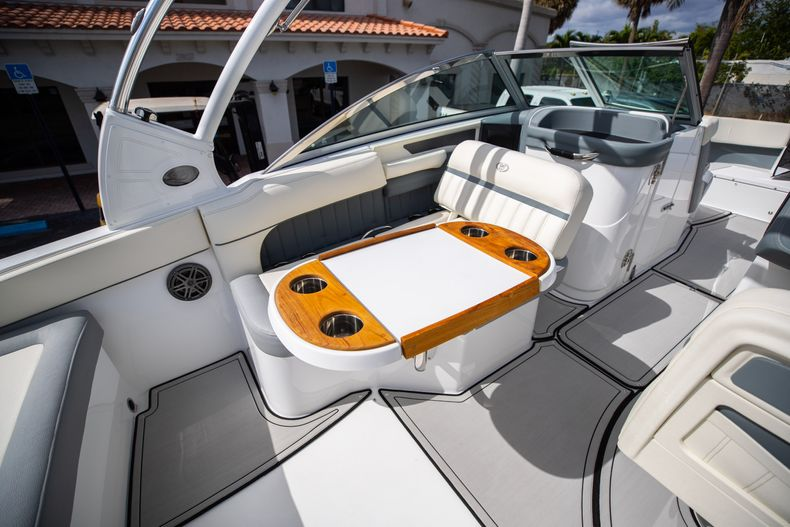 Thumbnail 28 for Used 2021 Cobalt 25SC boat for sale in West Palm Beach, FL