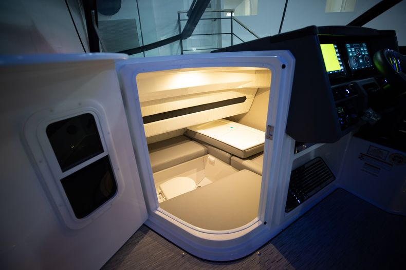 Thumbnail 48 for New 2021 Cobalt A29 boat for sale in West Palm Beach, FL